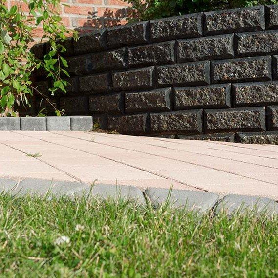 betonsteine terrassenplatten rasensteine aus weserkies nrw. Black Bedroom Furniture Sets. Home Design Ideas